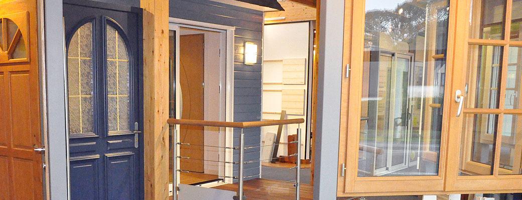 Menuiserie ext rieure fen tres porte volets le loup habitat - Decoration fenetre exterieure ...