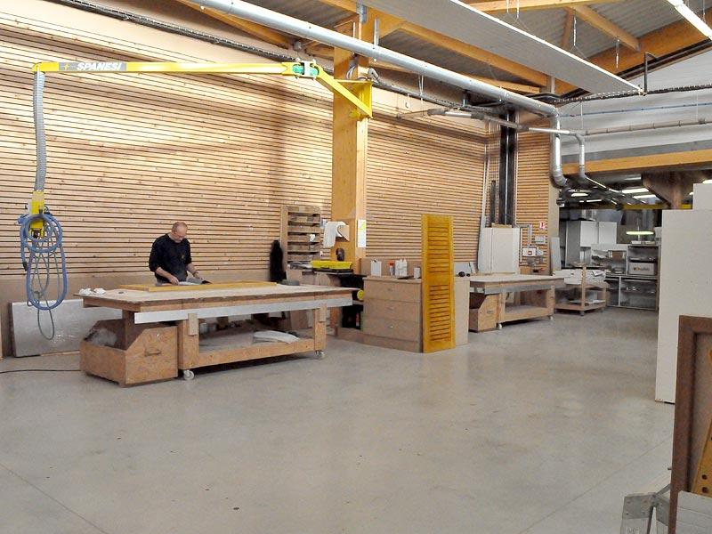un atelier de menuiserie et d 39 agencement quimper le loup habitat. Black Bedroom Furniture Sets. Home Design Ideas